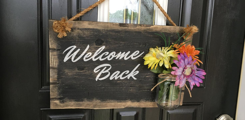 welcomebacksign